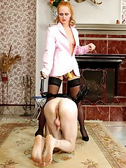 Slutty chick stretching guy�s asshole with her yellow strap-on on the floor