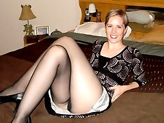 Lustful bitch posing in her pantyhose