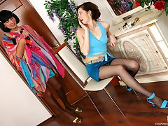 Heated sissy guy in lacy stockings throwing his tight ass on gals strap-on
