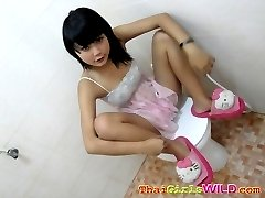 Emo thai poses and does some selfshots
