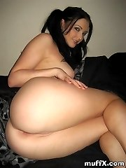 Attractive sexy chick Veronica R. still want to young as she play with her tedy bear and shaved...