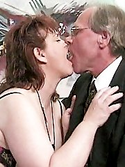 Slutty oldie filling her mouth with cock