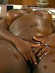 Tasting a wonderful babe's sweet black pussy