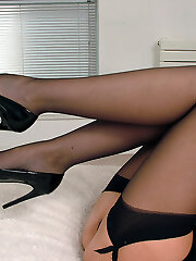 Leanne continues the pointed spiky theme by wearing a very sexy pair of high heel shoes to arouse and fulfil your fetish. Your desires will be renewed as you look at every detail of her lovely shoes, her lean heels, the pointed fronts and her most feminine bows