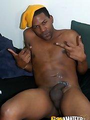 Naughty black amateur faggot gentaris stripping and wanking his massive dong