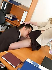Curly secretary getting her lacy pantyhose ripped during steamy lunch break