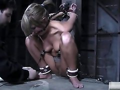 Super-naughty Babe Is Into Some Xxx Bdsm