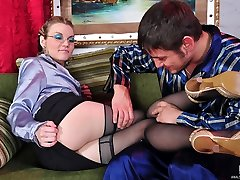 Luscious chick in black tights takes a meaty cock up her heated up ass
