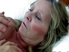 Granny with big tits gets finger fucked