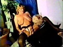 Peepshow Loops 105 70s and 80s - Episode 3