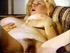 Hefty Tit Marathon 130 1970s - Scene 2