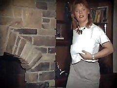 SUSSUDIO - antique ginger big tits strip dance