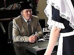 STP1 Magnificent Teenage Maid wurde zum Ficken gemacht!