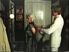 Light-haired cougar has orgy with gigolo - vintage