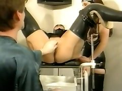 Bizarre german vintage rubber obgyn session
