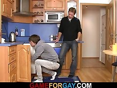 Hetero plumber sucks and rides his homosexual rod