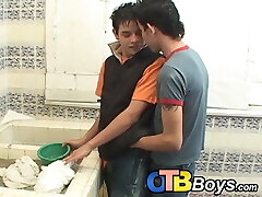 Latino twinks poking raw in the bathroom before cumshot