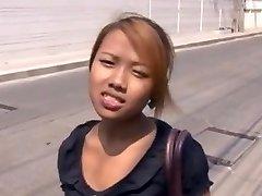 Amateur Thai Hotties jane 19yo