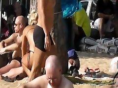 Pattaya beach candid cam - Silver Sand Hotel 2011