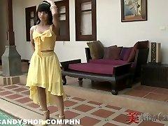 Thai Bargirl Nuch Behind the Scenes