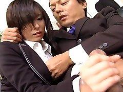 Secretary bitch Satomi Maeno blows spunk-pump uncensored