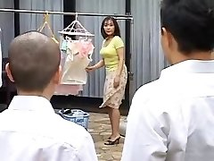 Ht mature mommy fucks her son-in-law's best friend