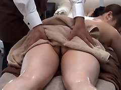Private Oil Rubdown Salon for Married Dame 1.2 (Censored)