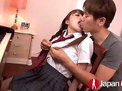 JAPAN HD Asian Teenager likes warm Creampie