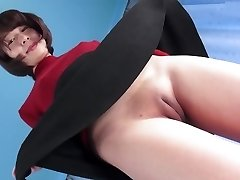 Hot Asian Slit Camel-toe Closed-up