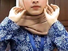 Hot Glorious Malay Hijab