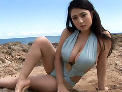 Sporty Japanese sweetie Nonami Takizawa shows off her saucy mammories on webcam outdoors