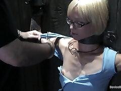 Device Bondage: Miss Kitten