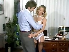 Ursula Gaussmann-Fuckfest at the office(Gr-2)