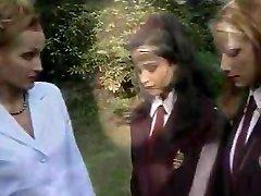 Classical italian schoolgirls 3