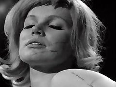 TASTE THE Crop - vintage 60's female domination whipping