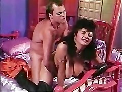 Paki Aunty is tired of Lil' Chinese Paki Dick so goes for Big Western Cock