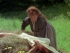 Mature actress kissing a man rod