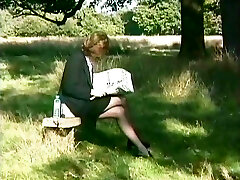 британский экстрим - сексуальная секретарша