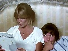 Mom, I want to take a bathtub with you! (vintage)