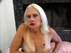 Hawt granny Kathy Jones - classic US pornographic star