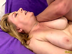 Impressive Grandma Penny Sue Shows off Her Insatiable Lust