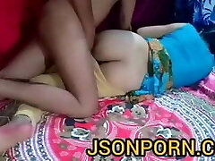 Doctor inspects female patient and sex in clinic - JSONPORN