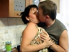 Slutty mature whore drilled gonzo