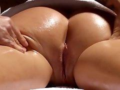 Super-naughty masseur makes Krissy Lynn wiggle after sensual love making