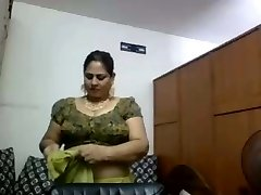Cam Aunty Changing