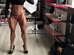 extreme muscle gal