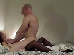 Muscle guy rides yam-sized strapon of slutty wife until cumshot