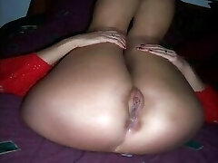 Horny cuckold wife is receiving a creampie from bbc!!!