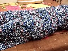 INDIAN BIG BOOBS GIRL CLOSEUP BLOWJOB & Close-up FUCK WITH LOUD Groaning