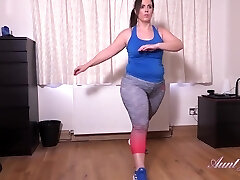Montse is a fat brunette who obviously luvs masturbation way more than her workout routine